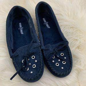 Minnetonka Slip On Blue Leather Moccasins